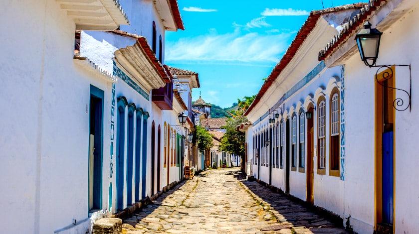 Ruela de Paraty, destino charmoso para curtir os feriados 2021