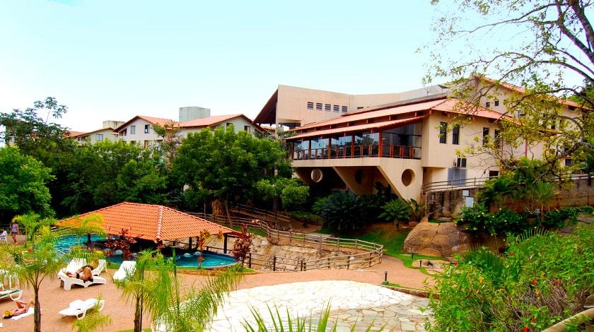 Vista geral do hotel Suíte & Flat I, a 800 m do complexo Rio Quente
