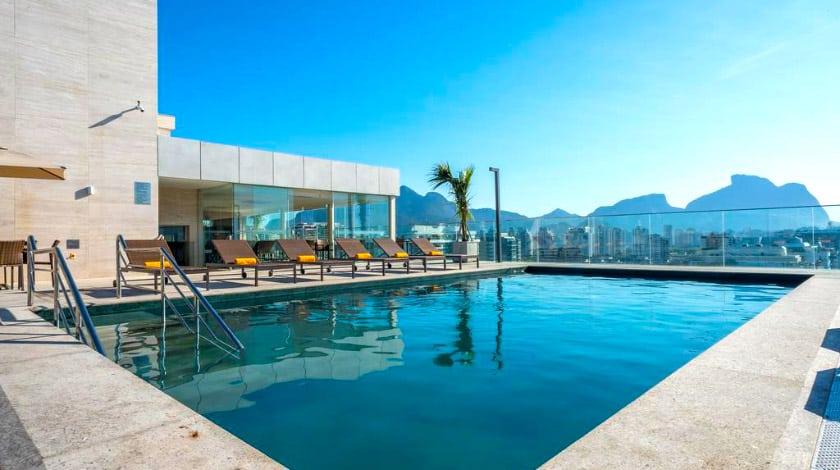 Piscina do Windsor Marapendi, hotel no Rio de Janeiro
