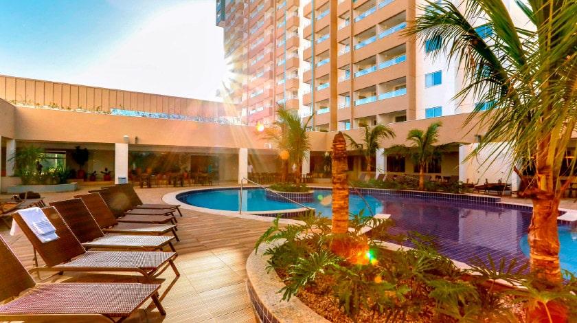 Área da piscina do Enjoy Olímpia Park Resort