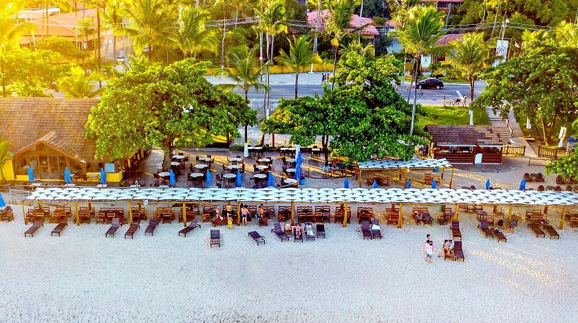 Clube de Praia João da Sunga, em frente ao Porto Seguro Praia Resort