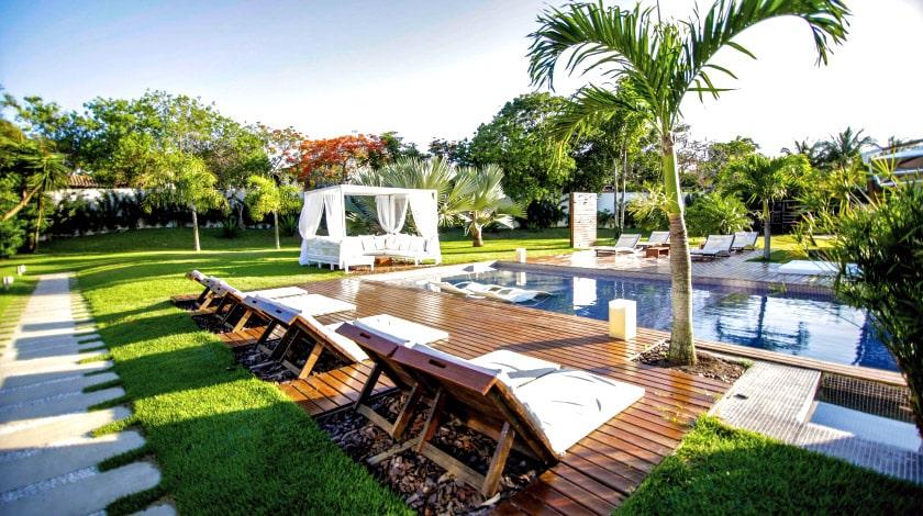 Foto da área da piscina do Serena Boutique Resort