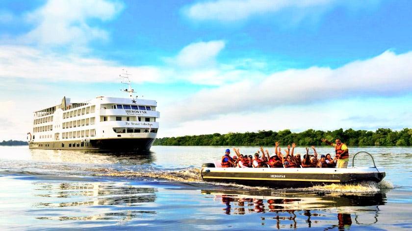Passeios de barco para passageiros do Iberostar GrandAmazon