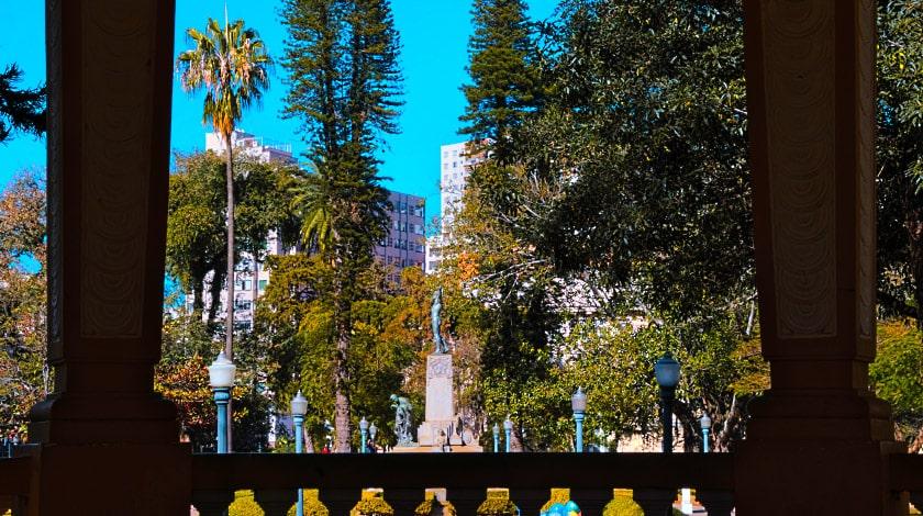 Vista do coreto para a Praça Pedro Sanchez, Poços de Caldas