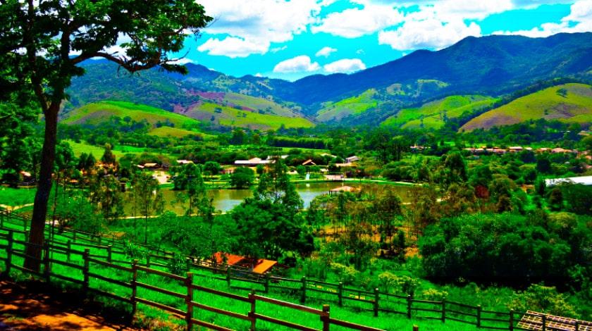 Vista geral da Fazenda Vale da Mantiqueira