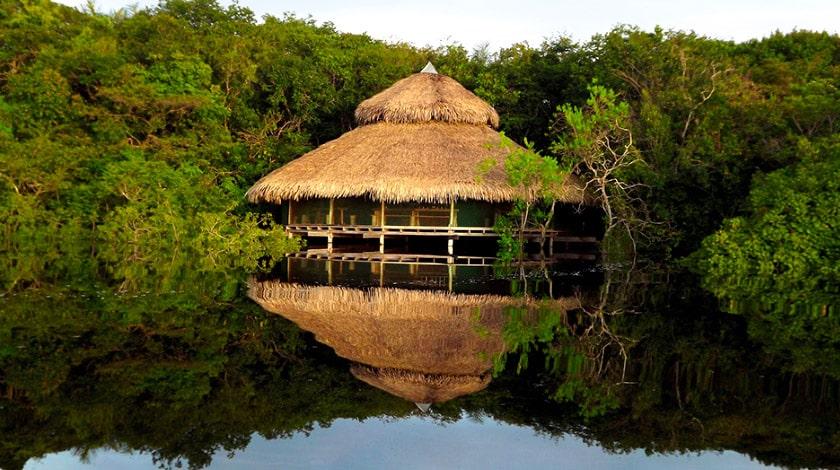 Juma Amazon Lodge, sobre palafitas, em meio à Floresta Amazônica