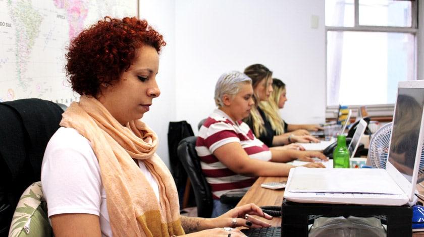 Ana Beatriz Castanheira, gerente de SAC do Zarpo Viagens