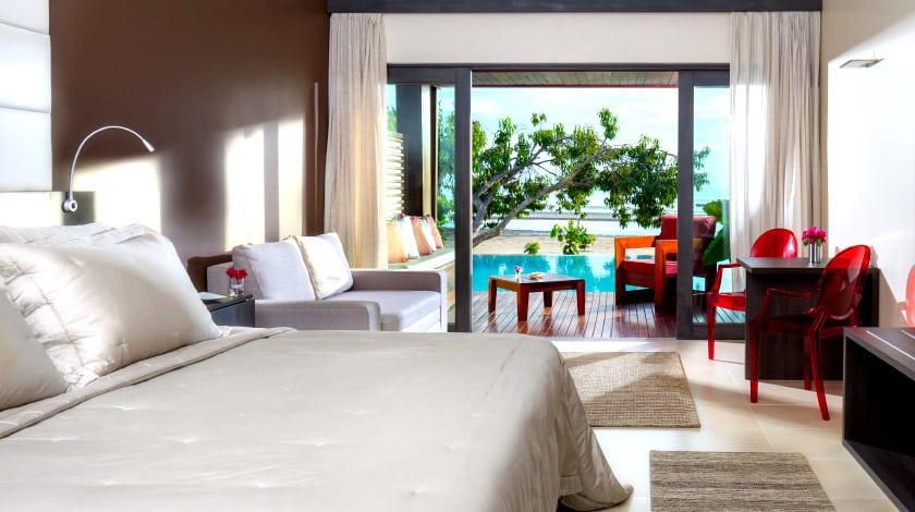 Acomodação do Essenza Hotel, hospedagem perfeita para casais curtirem o verão
