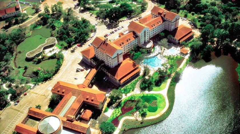 Vista aérea do Grande Hotel de Araxá, no interior de Minas, com programação de Carnaval