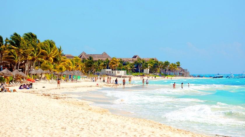 """Playa Del Carmen, na Riviera Maya, ao sul de Cancun, cenário da novela """"Salve-se Quem Puder"""""""