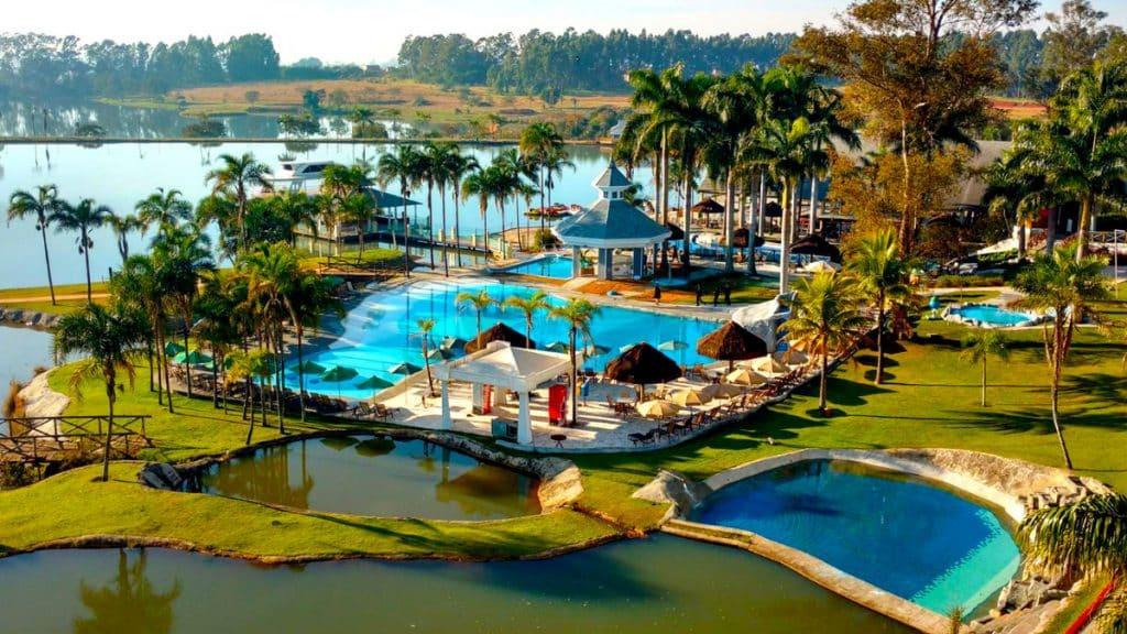 Vista geral do Mavsa Resort, a 2h de SP