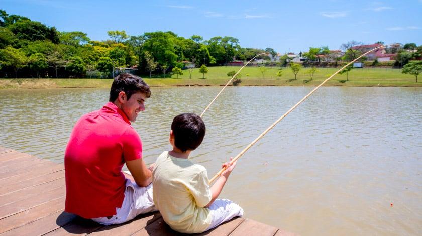Pescaria no lago