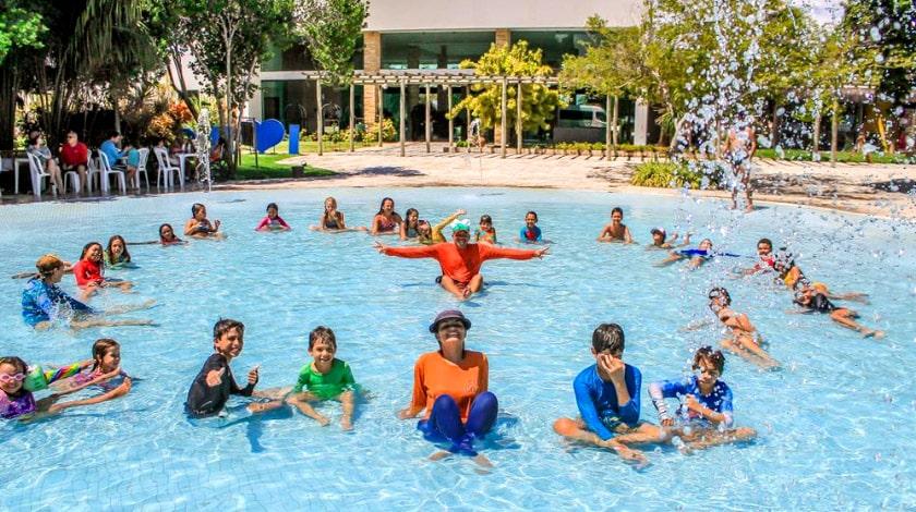 recreação iloa resort all-inclusive; resorts para viajar com bebês