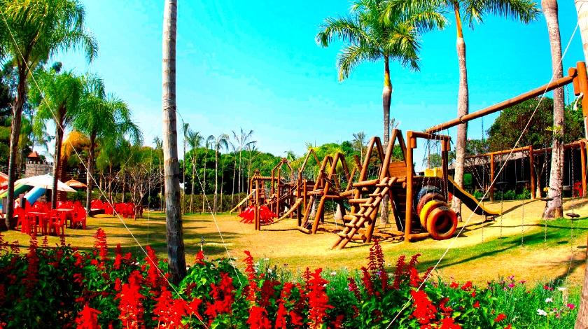 Playground do Lagoa Quente Hotel