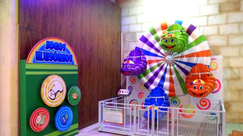 Brinquedo eletrônico infantil do kids' club Cidade dos Sonhos do Mavsa Resort