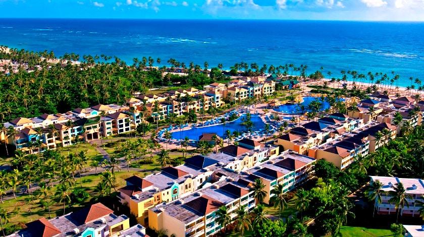 Vista geral aérea do Ocean Blue & Sand Resort, entre as ofertas da Welcome to Punta Cana
