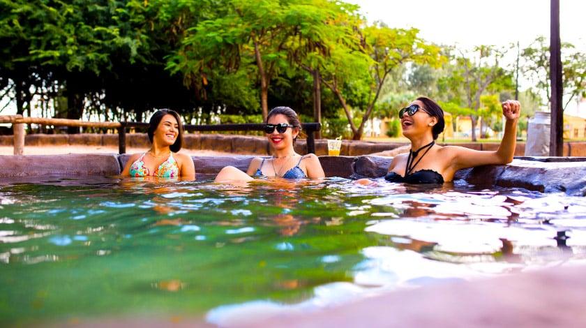 Ofurô para relaxar no Barretos Country Resort