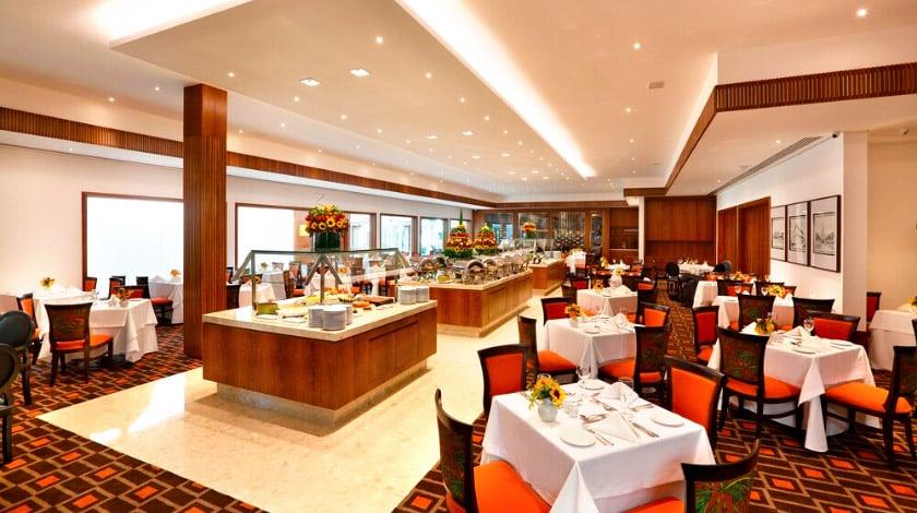 Restaurante Vila Royal, do Royal Palm Plaza Resort