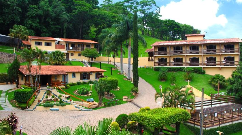 Área geral do Village Montana Hotel