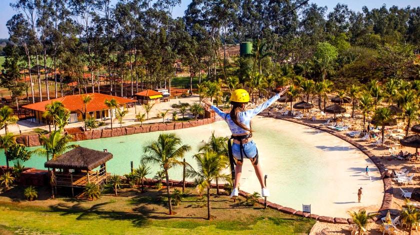 Tirolesa do Barretos Country Resort, com cortesia para crianças