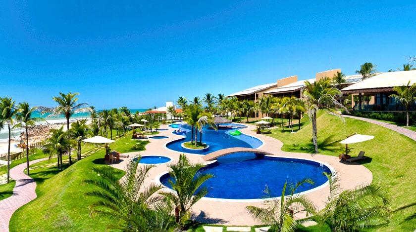 Piscina do Carmel Charme Resort, hotel na promoção Summertime