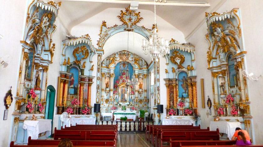 Interior da Igreja Matriz de Nossa Senhora da Conceição, no centro de Angra dos Reis