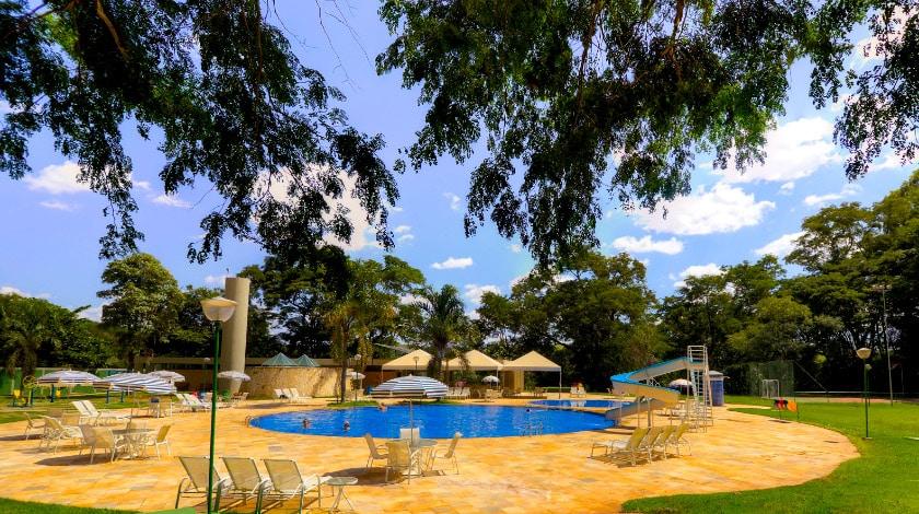 Área da piscina do Nacional Inn Previdência