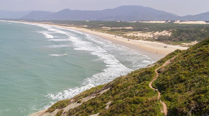 Praia do Santinho, em Santa Catarina