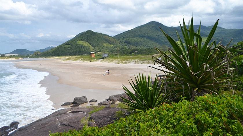 Praia do Siriu, em Santa Catarina