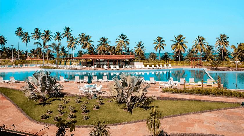 Piscina do Japaratinga Lounge Resort