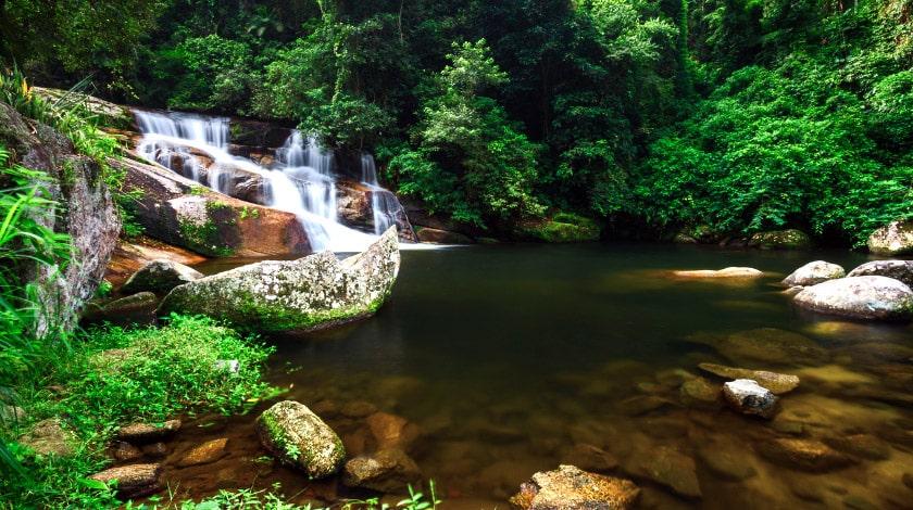 Cachoeira Pedra Branca, em Paraty